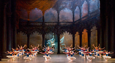 &quot;Paquita&quot; Ballet&lt;BR&gt; A scene from the performance.<BR>© Photo: Paris National Opera