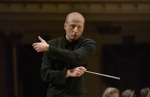 "Paavo Jarvi (GRAMMY WINNER 2003 ""Best Choral Performance - Best Conductor"") Paavo (Conductor)<BR><BR>© Mark Lyons"